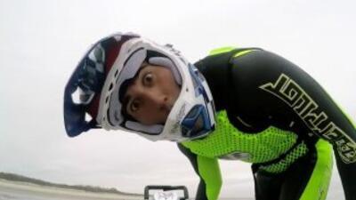 Si el freestyle motocross se juntara con el surf, el resultado sería más...