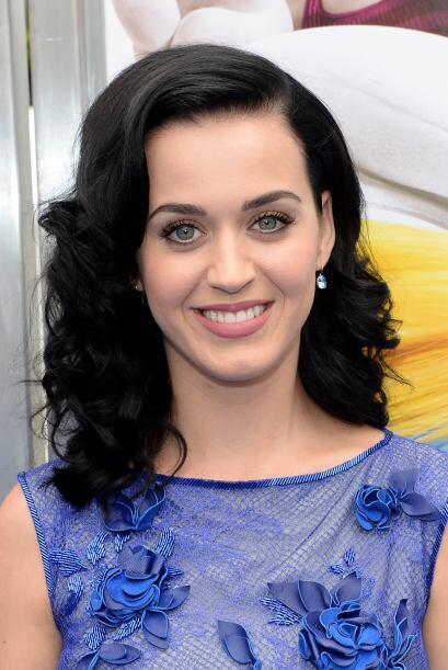 Katy Perry nos dice que sus cejas son parte de ella y que nunca nos llev...