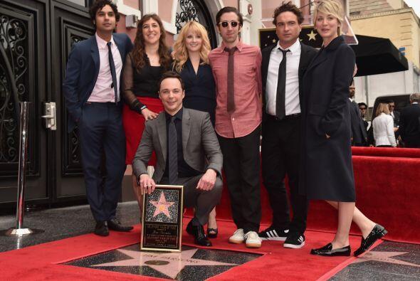 Todo el elenco.