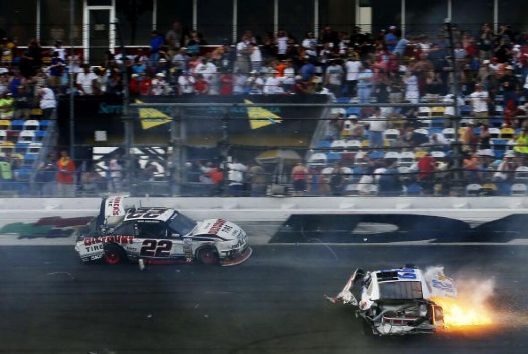 El incidente involucró a 12 competidores.