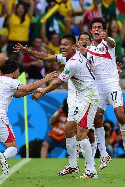 Costa Rica vio fortalecido su juego tras anotar el segundo gol en pelota...