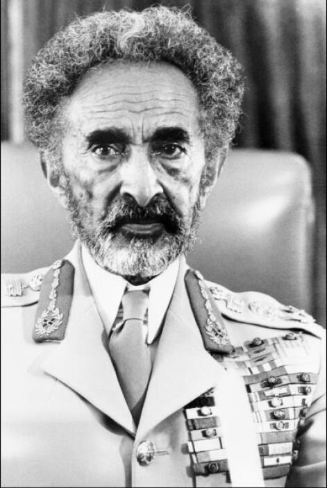 Tafari Makonnen: Mejor conocido como Haile Selassie I fue el último empe...