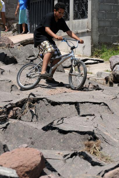 Aunque no se reporta la pérdida de vidas, los daños materiales son graves.