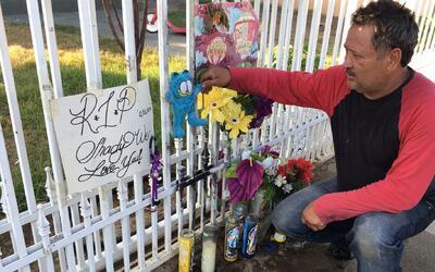 Jorge Cosgaya, vecino del Este de Los Ángeles, es el guardi&aacut...