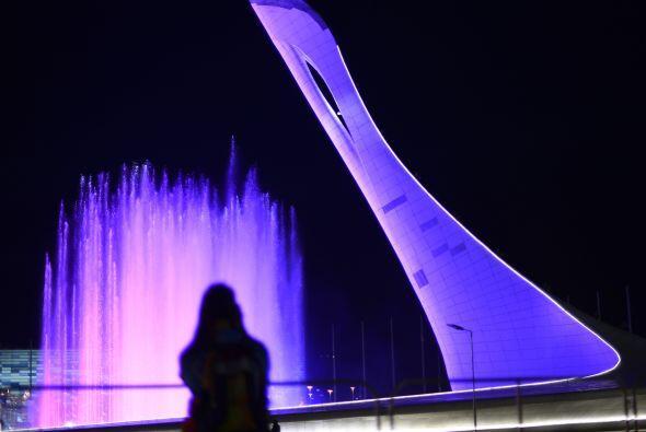 Y previo al arranque de la ceremonia inaugural de los Juegos Olímpicos,...