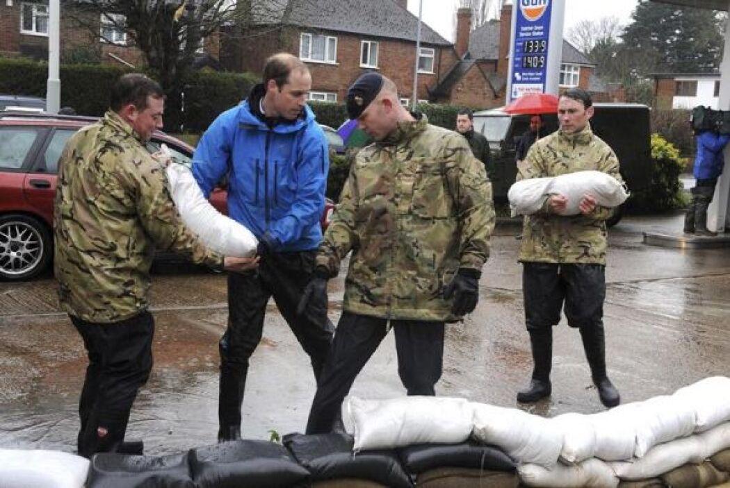 Ante las inundaciones provocadas por las intensas lluvias que afectan de...
