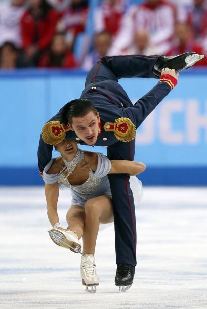 Los rusos Maxim Trankov y Tatiana Volosozhar, durante su performance de...