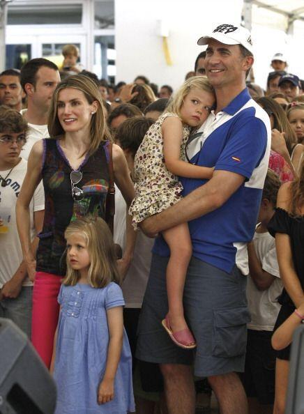 El príncipe Felipe y la princesa Letizia no podían faltar a esta tradici...