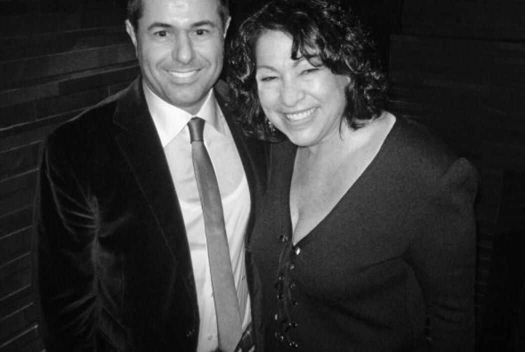 La jueza Sonia Sotomayor junto a Alessandro Saracino Fendi, el cliente q...
