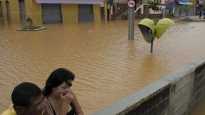 Las fuertes lluvias que azotan poblaciones de Brasil han afectado a mile...