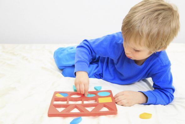 RECONOCER FIGURAS Y COLORES - Ayuda a tu niño a reconocer las fig...