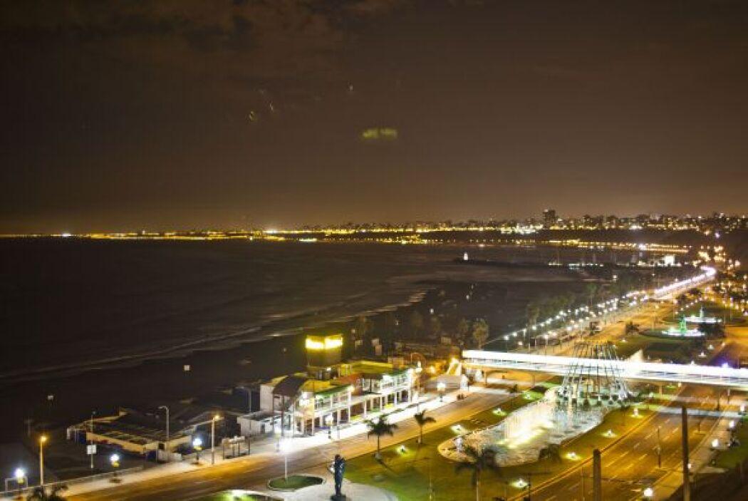 """La bahía de """"Costa Verde"""" en Perú fue cerrada siguiendo las instruccione..."""