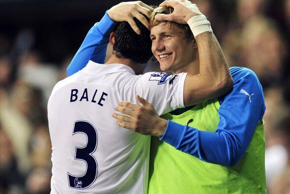 Pero Bale devolvió la ventaja al Tottenham con un excelente remate desde...