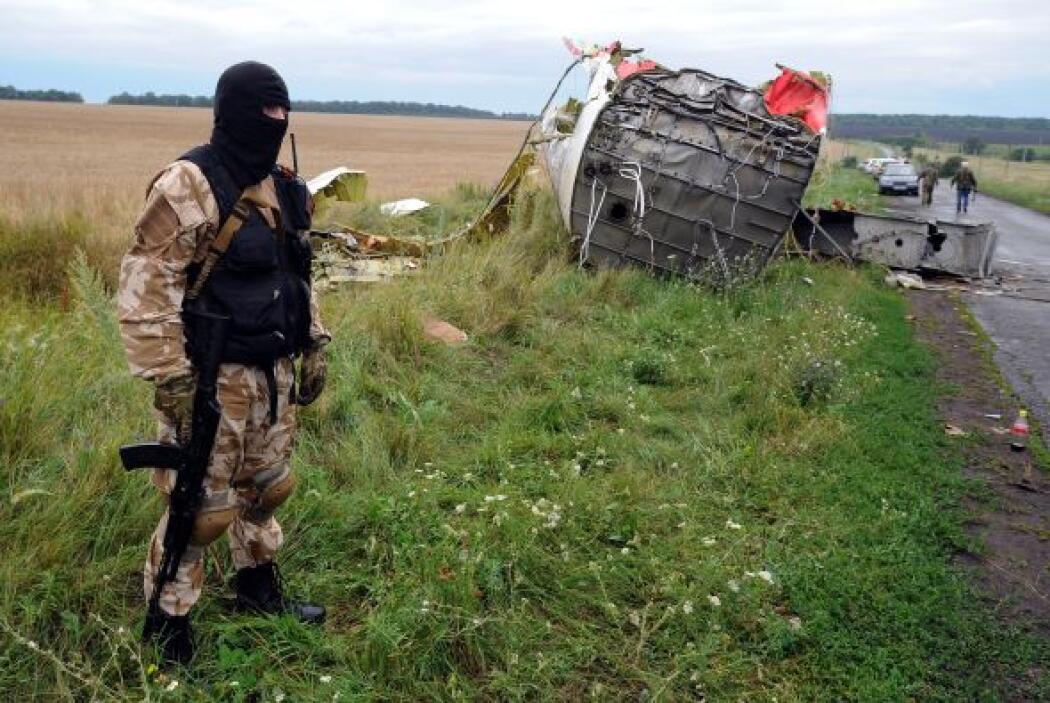Las autoridades ucranianas dijeron que los equipos de rescate y de inves...