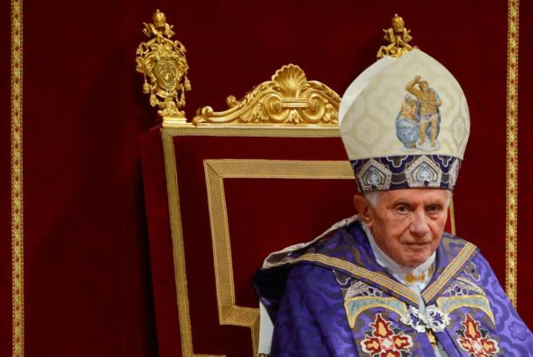 5. PAPA BENEDICTO XVI  Puesto- Papa de la Iglesia Católica.  Organizació...