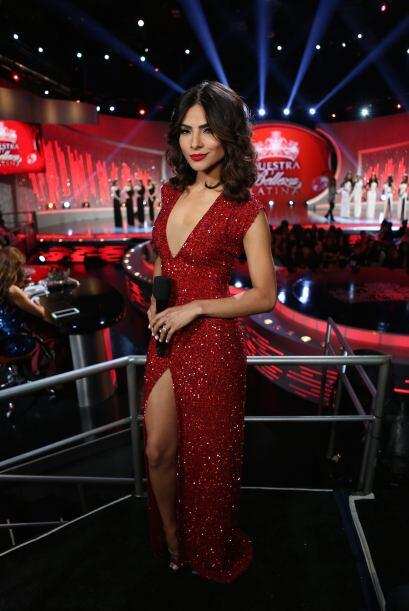 En la segunda gala la vimos con rojo pasión.