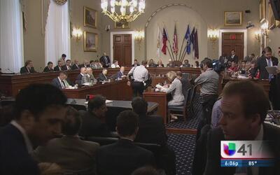 Congreso aprueba supervisión de finanzas de Puerto Rico