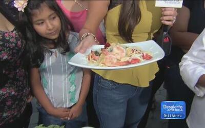 Receta de Espagueti con pétalos de rosa y camarones
