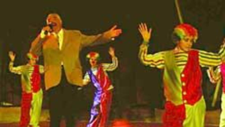 El actor en sus shows de circo.