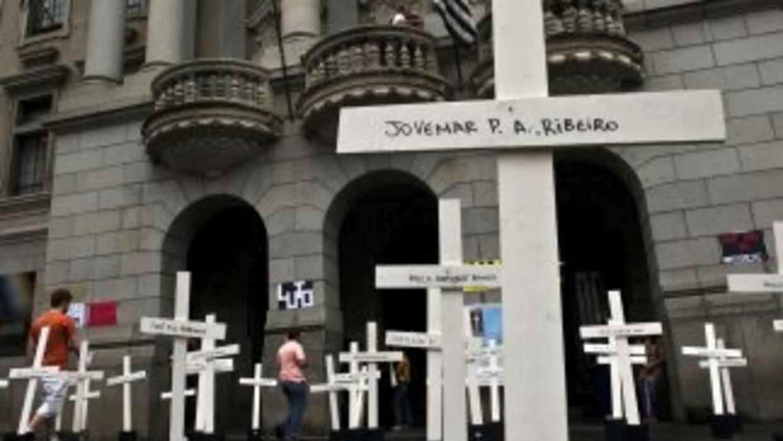 Homenaje a las víctimas deCarandiru en Brasil.