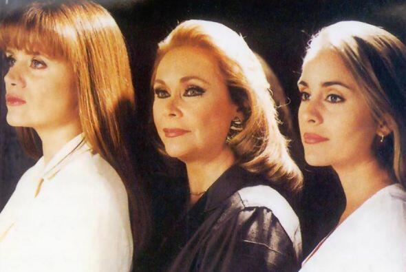"""En """"Tres Mujeres"""" había puros pleitos."""