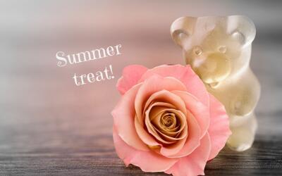 Gomitas rellenas de vino rosado, la golosina del verano.
