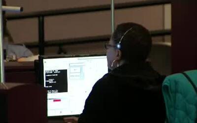 'Chicago en un Minuto': Operadores de la línea 911 terminan entrenamient...