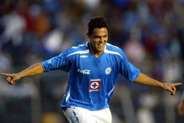 El Cruz Azul mandó a Sabah al Monarcas Morelia y recibió a cambio a Luis...