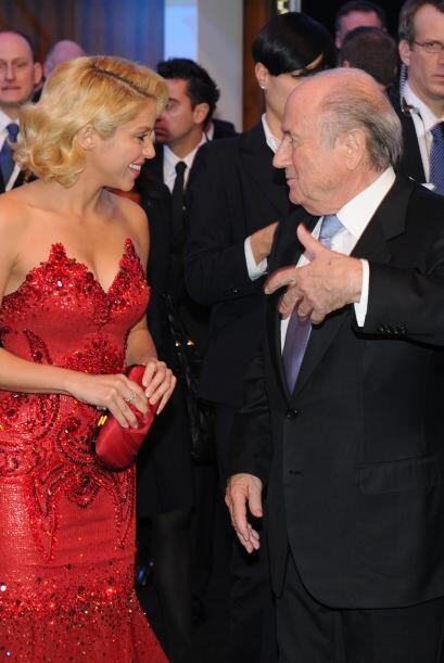 No estamos seguros si Shakira reía de felicidad, de nervios o sencillame...