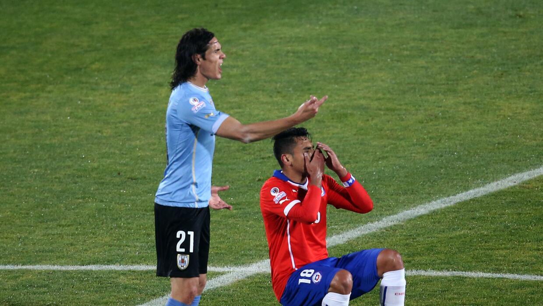 El uruguayo fue expulsado por darle un golpe a Jara en la Copa Am&eacute...