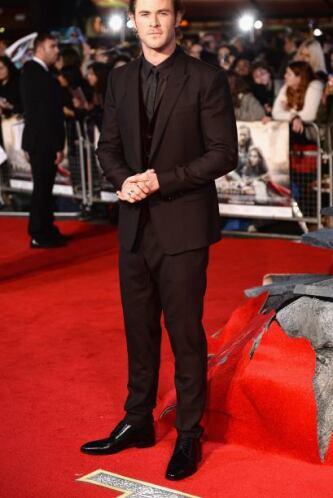 Chris Hemsworth siempre nos impresiona, no sólo con su bello rostro sino...