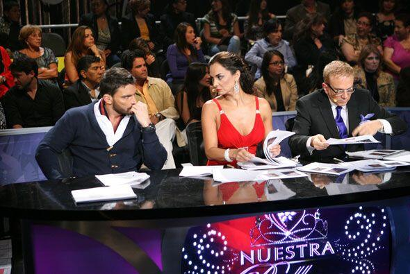 Aquí tienes a los tres jueces juntos, tal como los verás a...