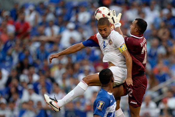 Fue un duelo muy parejo con oportunidades de gol en ambas porterías.