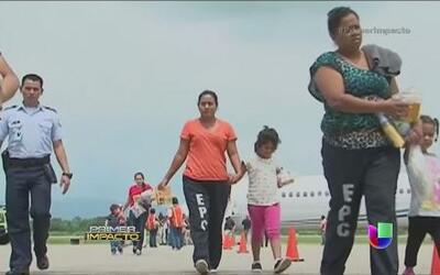 Llegó a Honduras el primer grupo de niños deportados