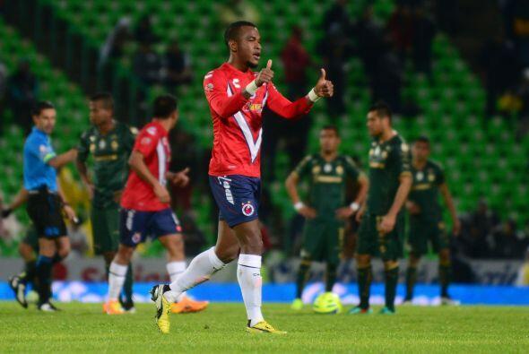 Cerramos la lista con el defensor goleador, se trata de Leiton Jiménez,...