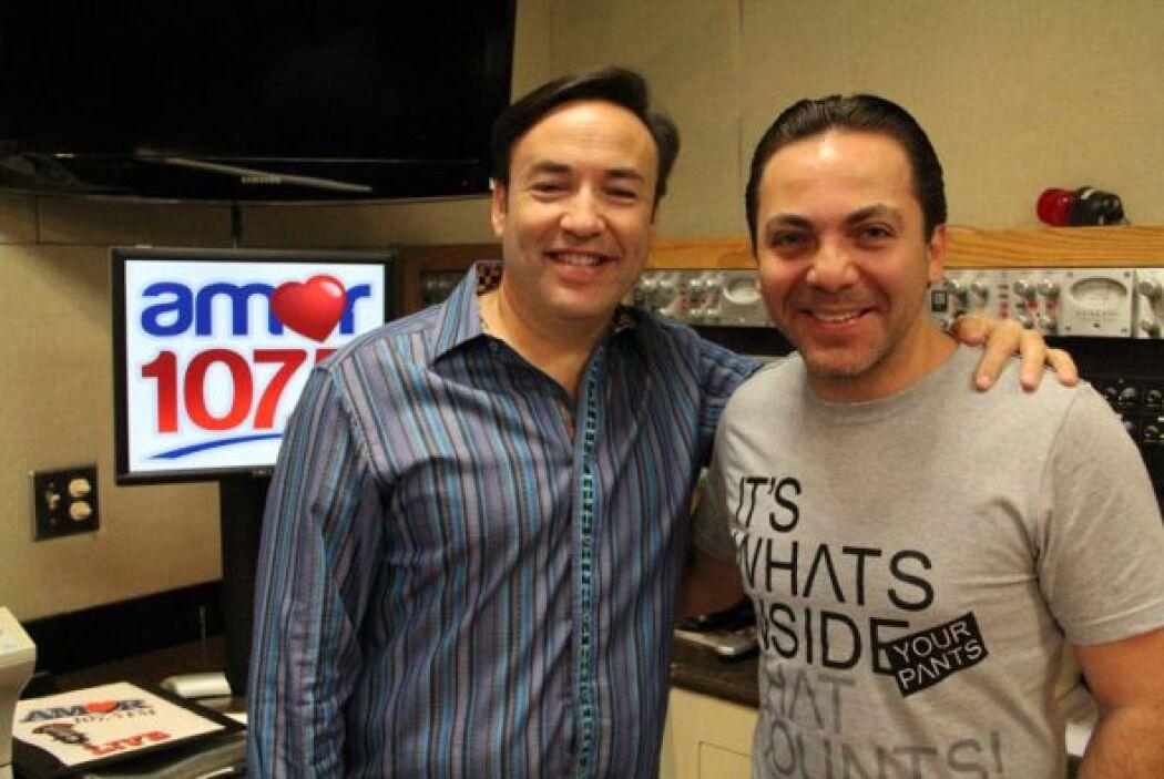 Cristian Castro estuvo de visita en el desayuno musical con Javier Romer...
