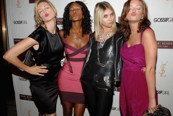 """Durante la presentación de la segunda temporada de """"Gossip Girl"""" con sus..."""