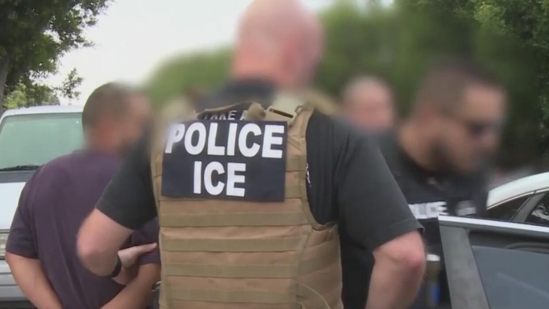 Arrestan a más de 180 indocumentados en redadas migratorias en Los Ángeles