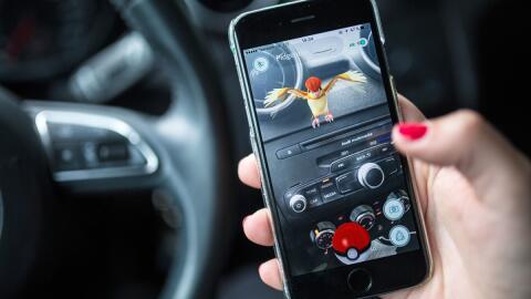 El uso de  Pokémon Go detrás del volante ya causó u...