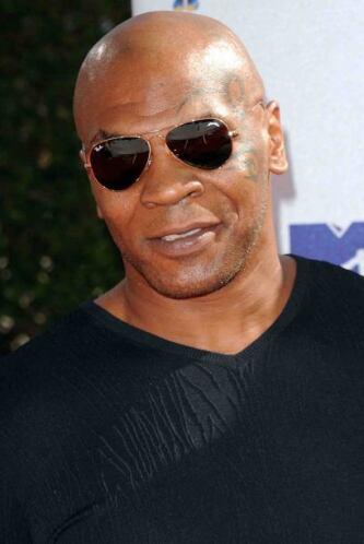 En 2003 Tyson se declaró en bancarrota, después de haber cobrado $30 mil...