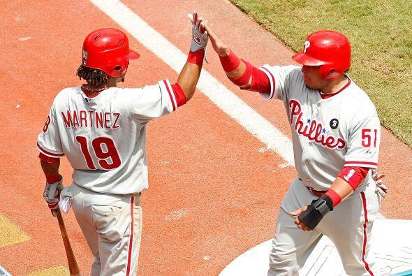 C. Carlos Ruiz. Phillies de Philadelphia.    En la temporada, Ruiz tien...