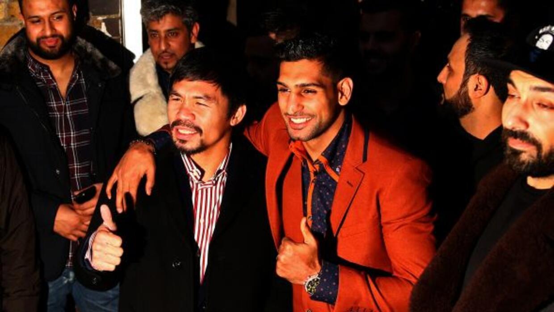 Manny Pacquiao y Amir Khan en elFitzroy Lodge Amateur Boxing Club de Lo...