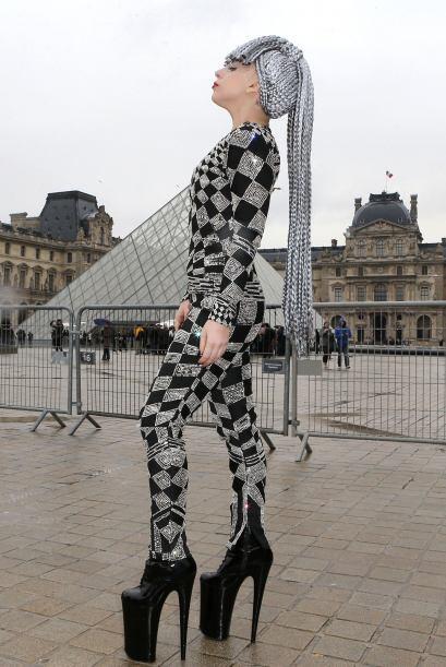¡París siempre saca el lado más 'fashionista' de las...