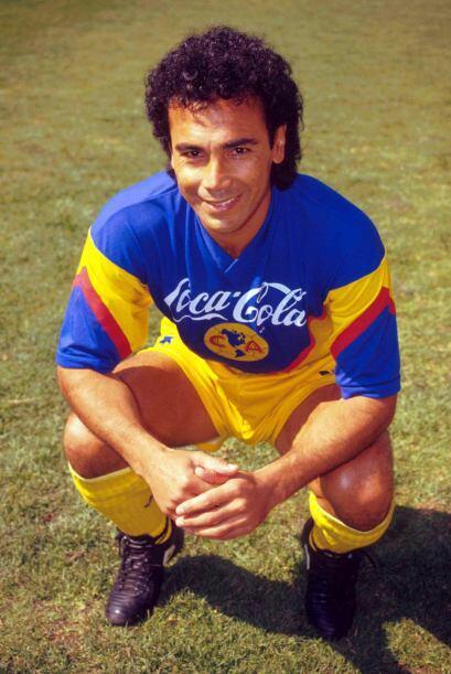 Proveniente del Real Madrid, Hugo Sánchez fue uno de los fichajes...