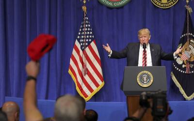 La popularidad de Trump está en mínimos histórico pero él se niega a ace...