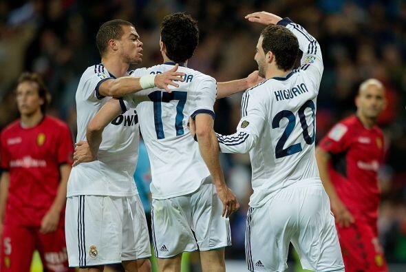 Con unos pocos minutos de concentració el Madrid rompió al Mallorca.