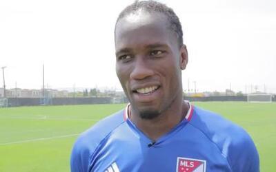 Didier Drogba calienta el Partido de las Estrellas ante el Arsenal