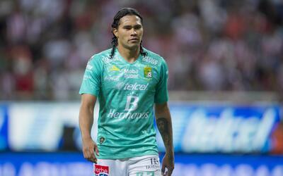 Carlos Peña jugó en el Mundial Brasil 2014.