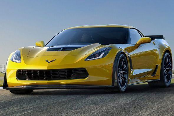 Como antes, el auto de carreras y el Z06 compartirán la misma producción...