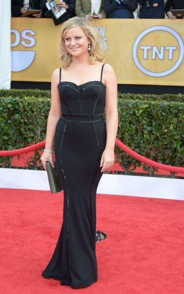 Ahora sí, Amy Pohler lució mucho mejor en la alfombra roja...
